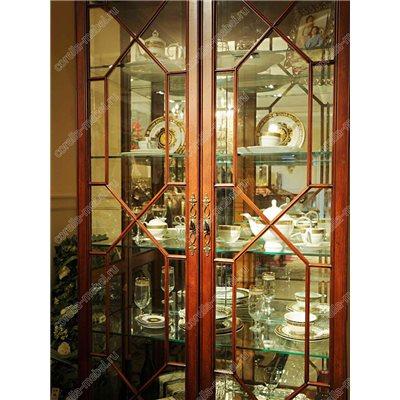 Шкаф витрина для посуды 2-х дв.